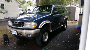 2000 Ford Explorer Eddie Bauer addition