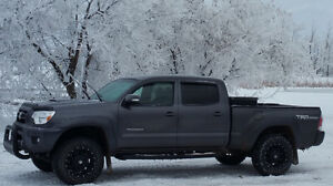 2014 Toyota Tacoma TRD SPORT -LOADED WITH EXTRAS!
