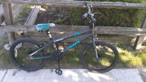 """Cluch FS 20""""BMX by Supercycle, safe hand brakes, kick stand, exc"""