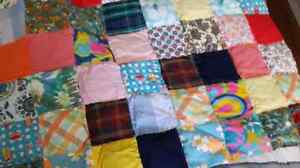 Antique twin quilt ***NEW PRICE