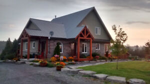 1950 Sq ft Viceroy Style Home with over 10acres!!