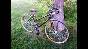 Road bike London Ontario image 1