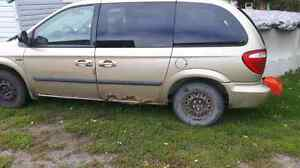 03 dodge caravan derby parts or scrap make an offer Peterborough Peterborough Area image 1