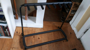 Yorkville 7 pc guitar stand