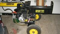 LOG SPLITTER LIKE NEW 22 TON GAS POWERED