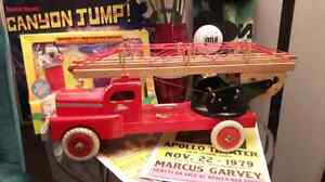 RARE. Vintage 1950s  FIRE ENGINE