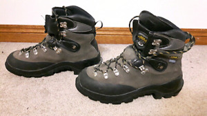 Asolo Granite mountaineering boots, Mens 8