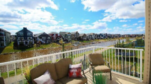 Beautiful Home Backing Onto The Bayside Canals!