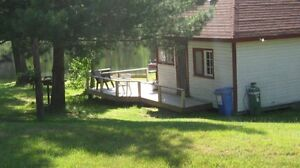 FALL SPECIAL 15% DISCOUNT -  RUSTIC GETAWAY WATERFRONT CABINS
