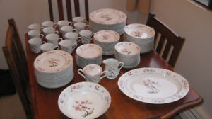 "Beautiful Rare ""Bird"" Japanese Fine China Set"