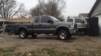 2006 F250 6.0 SIX SPEED 4x4 PART OUT