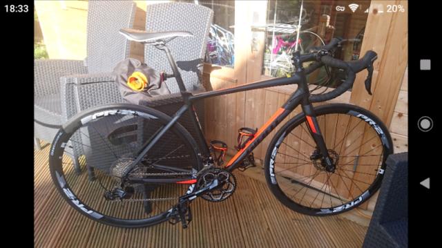 0b113bc436c Giant contend sl1 disc 2017 road bike | in Whitburn, West Lothian ...