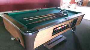 Dynamo Pool Table and Accessaries