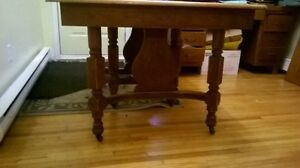 Antique dining table. Kitchener / Waterloo Kitchener Area image 3