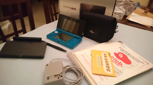 Nintendo 3ds w| Pokemon Sun and Moon - reduced