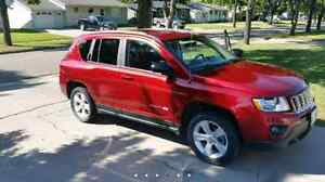 2012 jeep compass minty 4×4