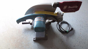Makita, 255mm (10 inch) Miter Saw - Excellent!