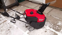 like new Honda 720 Snow Blower