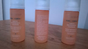 """MARCELLE"" GENTLE SELF-FOAMING CLEANSER"