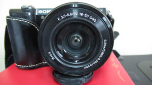 Compact Sony A5000 camera and lenses