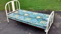 Vintage Single bed with wheels    CAN DELIVER!