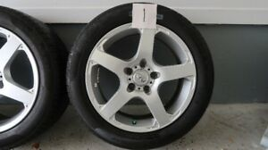 MAG-ROUE INFINITI EN ALUMINIUM EXCELLENTE CONDITION
