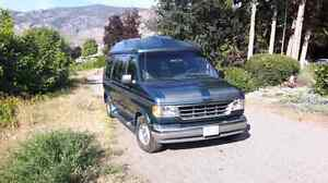 1995 Ford Palm Springs Edition Travel Van