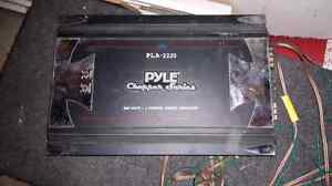 Pyle amp and subs Cambridge Kitchener Area image 1