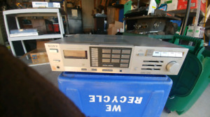 Sony STR-VX350 Vintage Stereo Receiver Works Perfectly