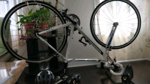 Roadbike giant defy with accessories