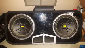 "2 10"" kicker comps with alpine amp and ported bassworx box"