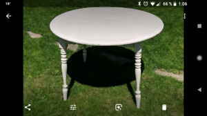 Table bois massif blanche