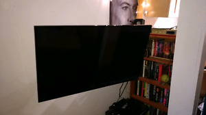 "43"" 1080p 120hz 5hdmi vizio smart tv with 3 hinged wall mount"