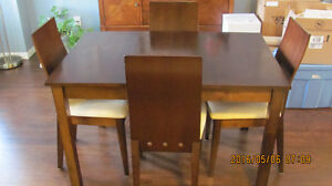 Modern Maple Dining Room Table For Sale