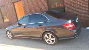 2011 Mercedes Benz C300 4matic (no rust , certified&E Tested )