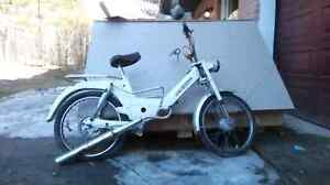 Bombardier Puch Maxi-Sport Moped