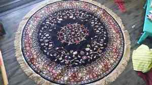 "Round area rug 60"" inch wide"