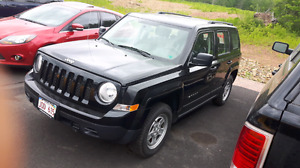 2016 jeep patriot TRADE FOR TOY (needs transmission)