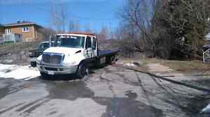 Towing and flatbed services 24/7