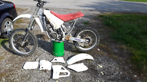 Yz 125 NEED GONE