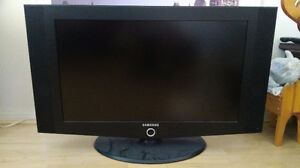 "Samsung 32"" LCD TV *Remote not work*"