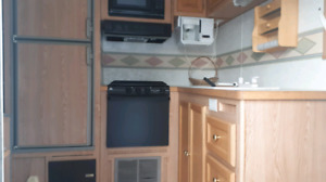 2002 Travelaire Travel Trailer 28 foot
