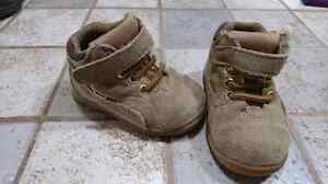Baby boy boots size 4