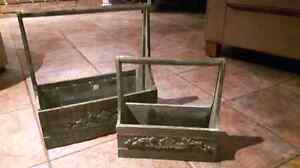 Set of two wooden decor items / planters