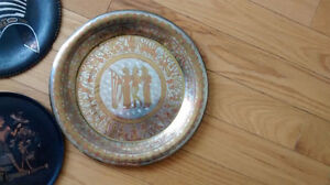 Collection of Vintage Egyptian Walled Plates West Island Greater Montréal image 9
