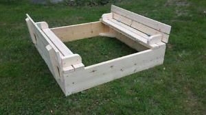 4'x4' Sandbox with foldable lid
