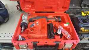M12 Cordless Property Expansion tool