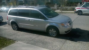 2009 Dodge Grand Caravan Minivan, low mileage