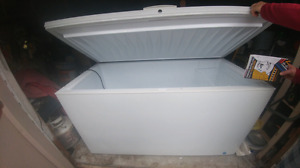 Immaculate commercial freezer works great