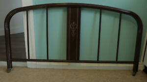 Simmons antique bed frame